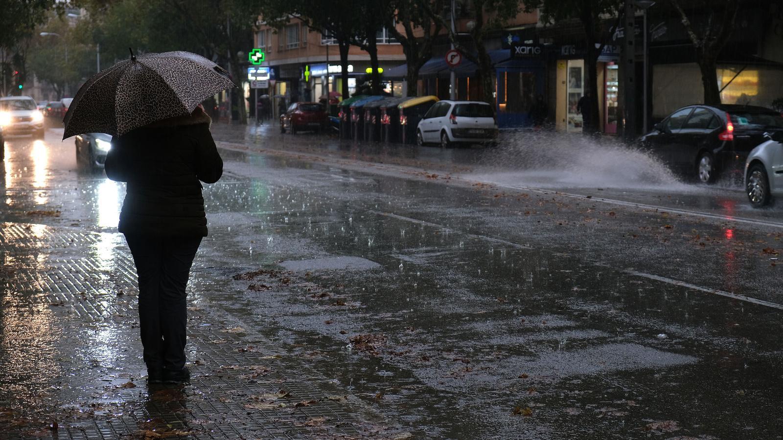 Més pluja i vent a les Balears