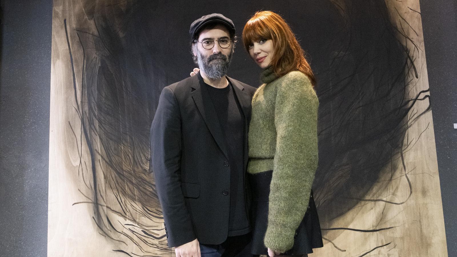 Paula Bonet i Ramón Rodríguez creen i destrueixen una obra efímera a La Villarroel