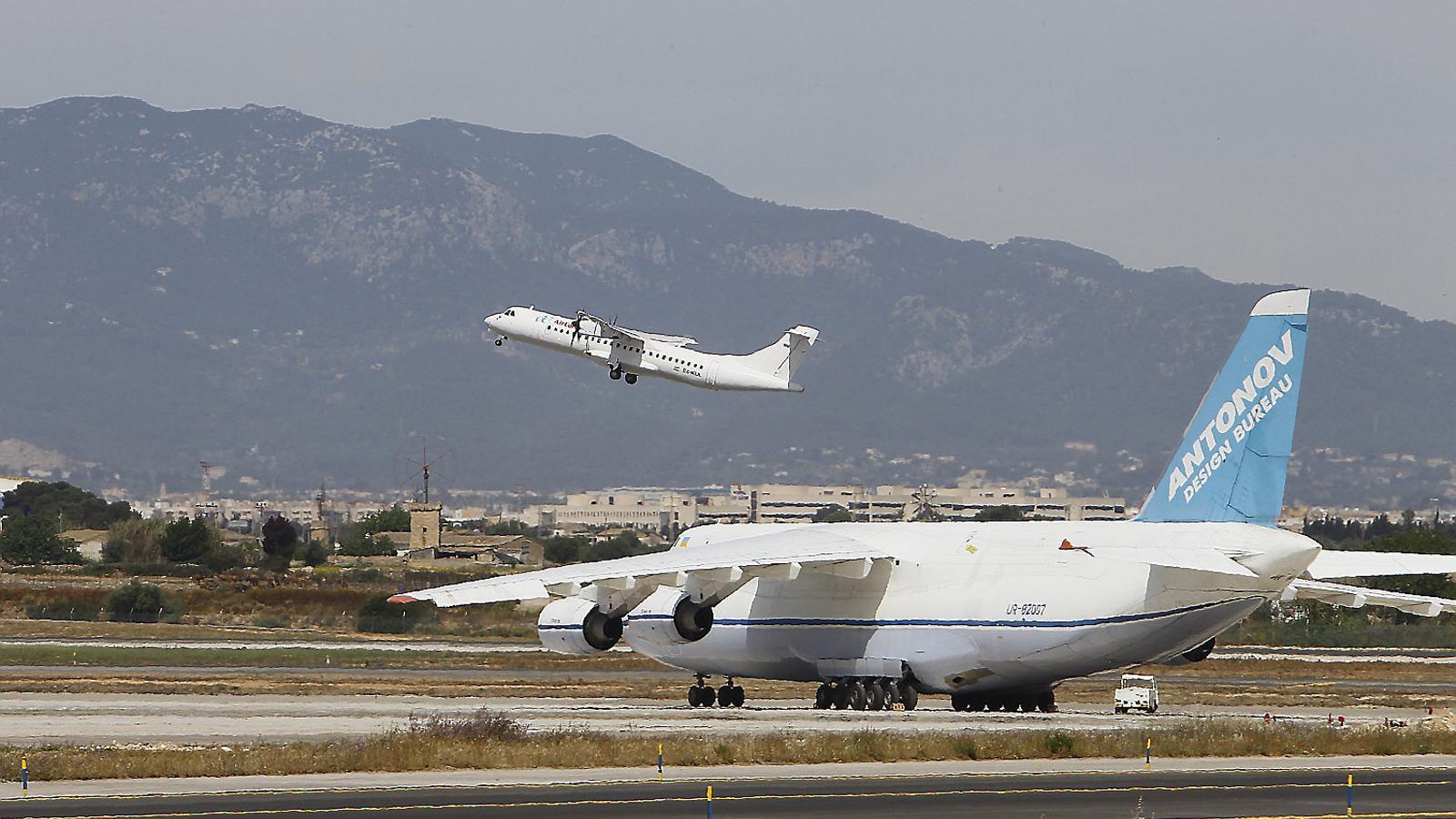 Sobren més de 500 vols                      a Palma a l'estiu