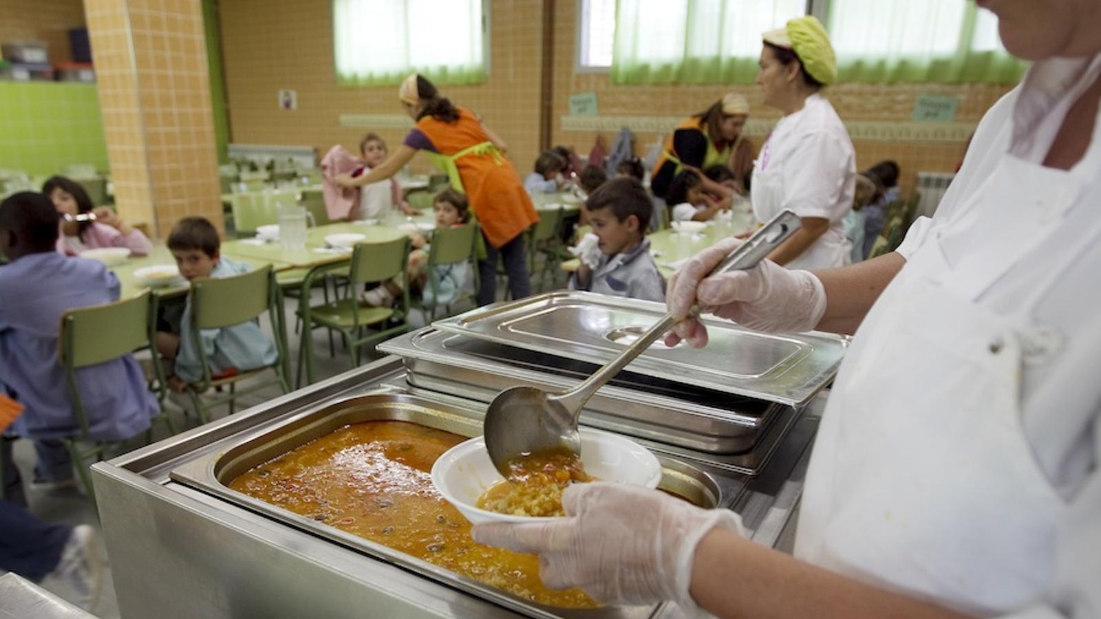 Menjador escolar de menjar biològic de l'Escola Orriols i Roca de Moià