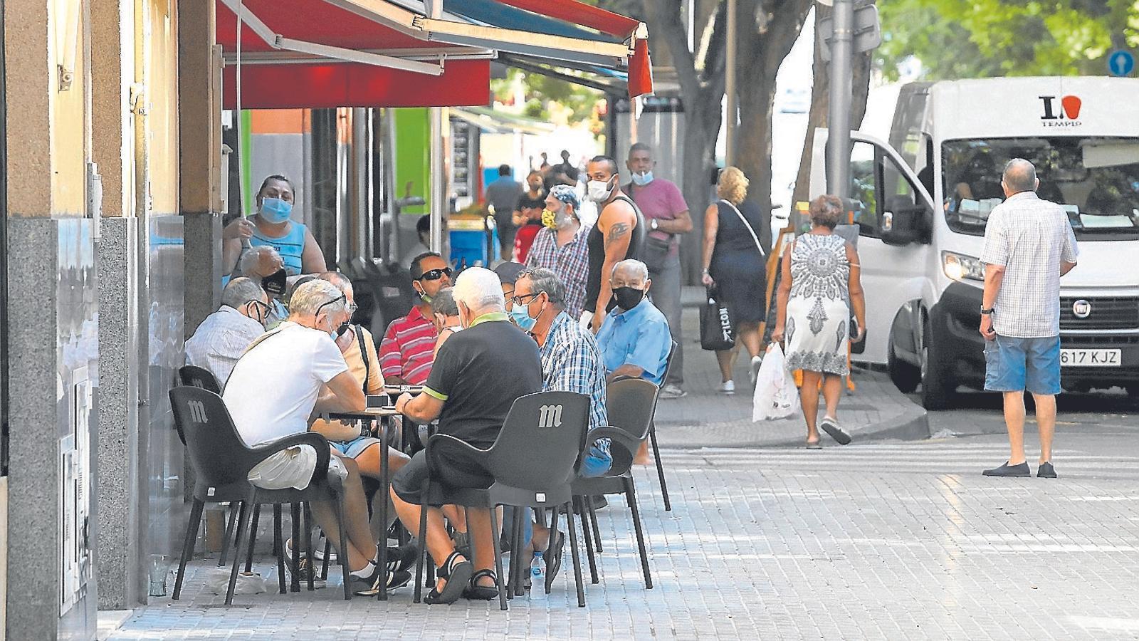 La majora dels bars i cafeteries del barri de Son Gotleu estan oberts.