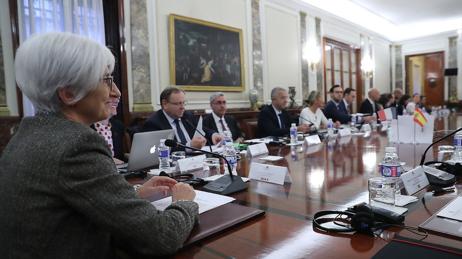 La nova fiscal general de l'Estat, María José Segarra, presidint una reunió   Aquest octubre a la seu  de la Fiscalia.