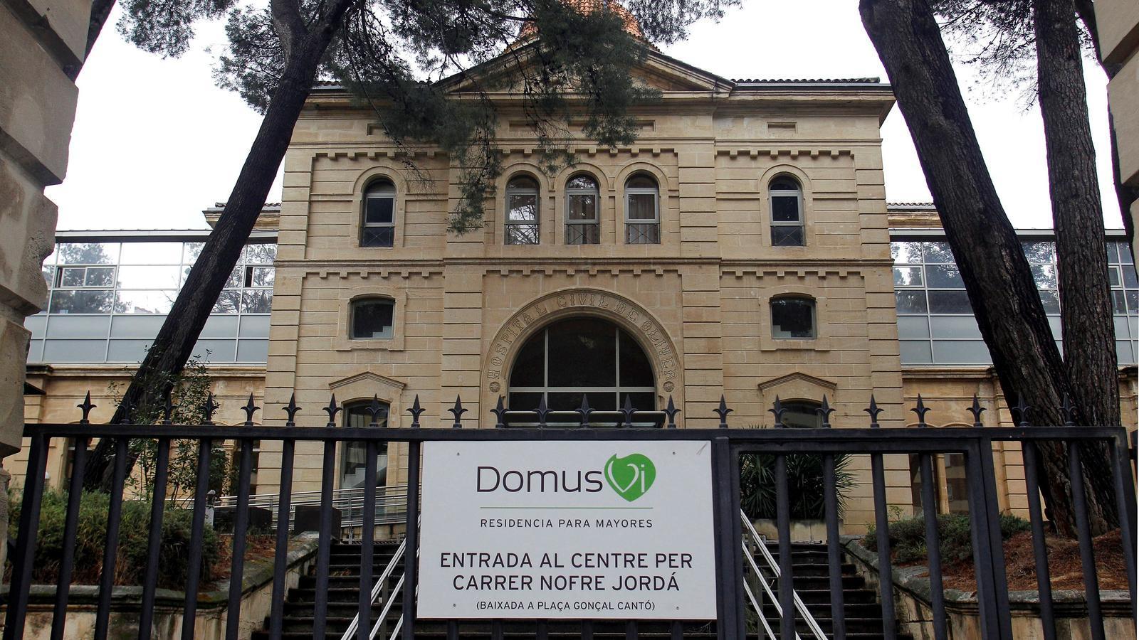 Façana de la residència Domus Vi d'Alcoi on s'han registrat 26 morts per coronavirus