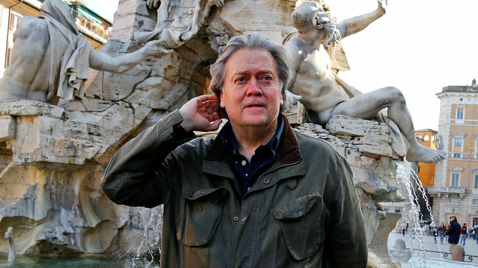 Bannon es queda sense l'acadèmia ultra a Itàlia