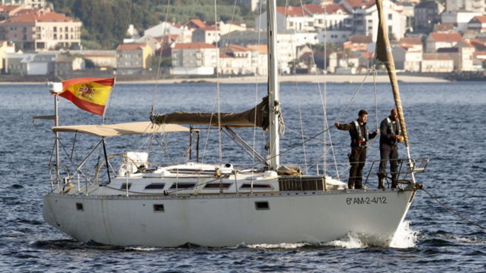 Mor un home a Platges de Comte després de llançar-se a l'aigua des d'un veler