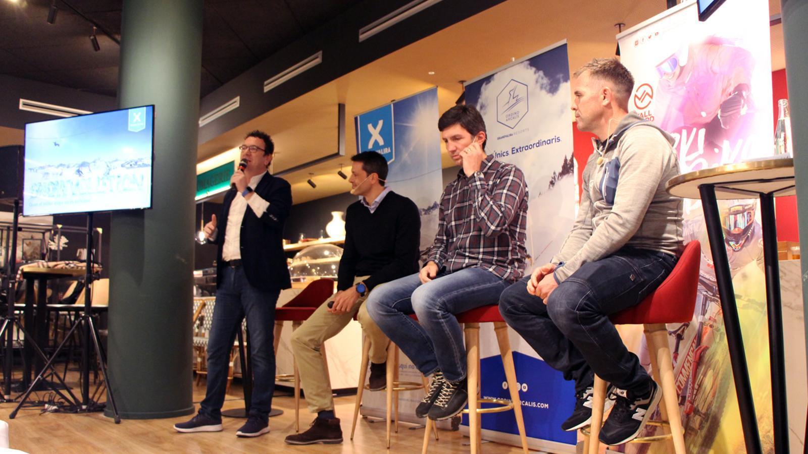 El gerent d'Andorra Turisme, Betim Budzaku, amb els directors de les estacions de Grandvalira, Alfonso Torreó, Ordino Arcalís, Xabier Ajona, i Vallnord Pal-Arinsal, Josep Marticella. / M. P. (ANA)