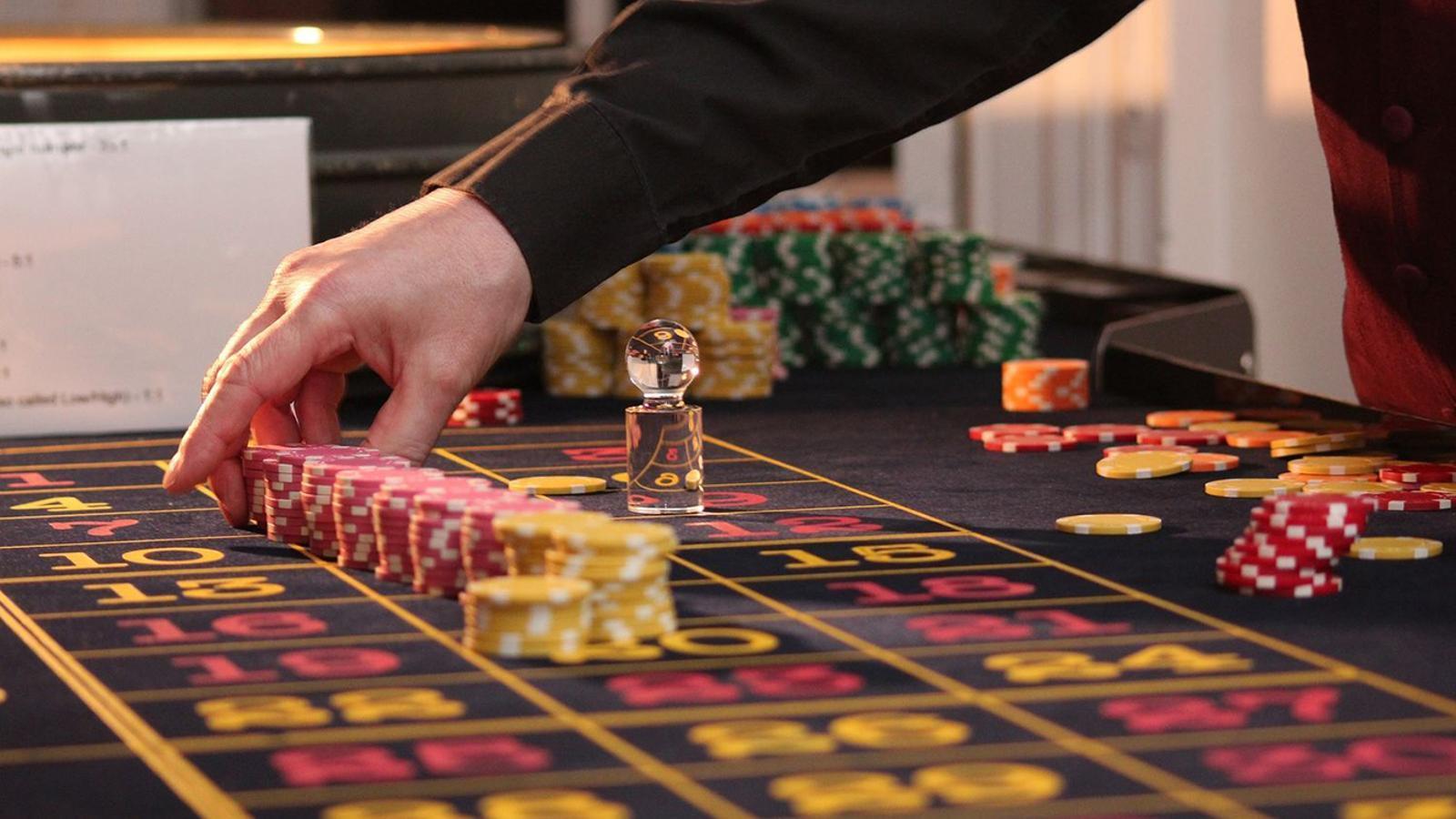 El mes de març se sabrà qui serà l'adjudicatari del casino  / PIXABAY