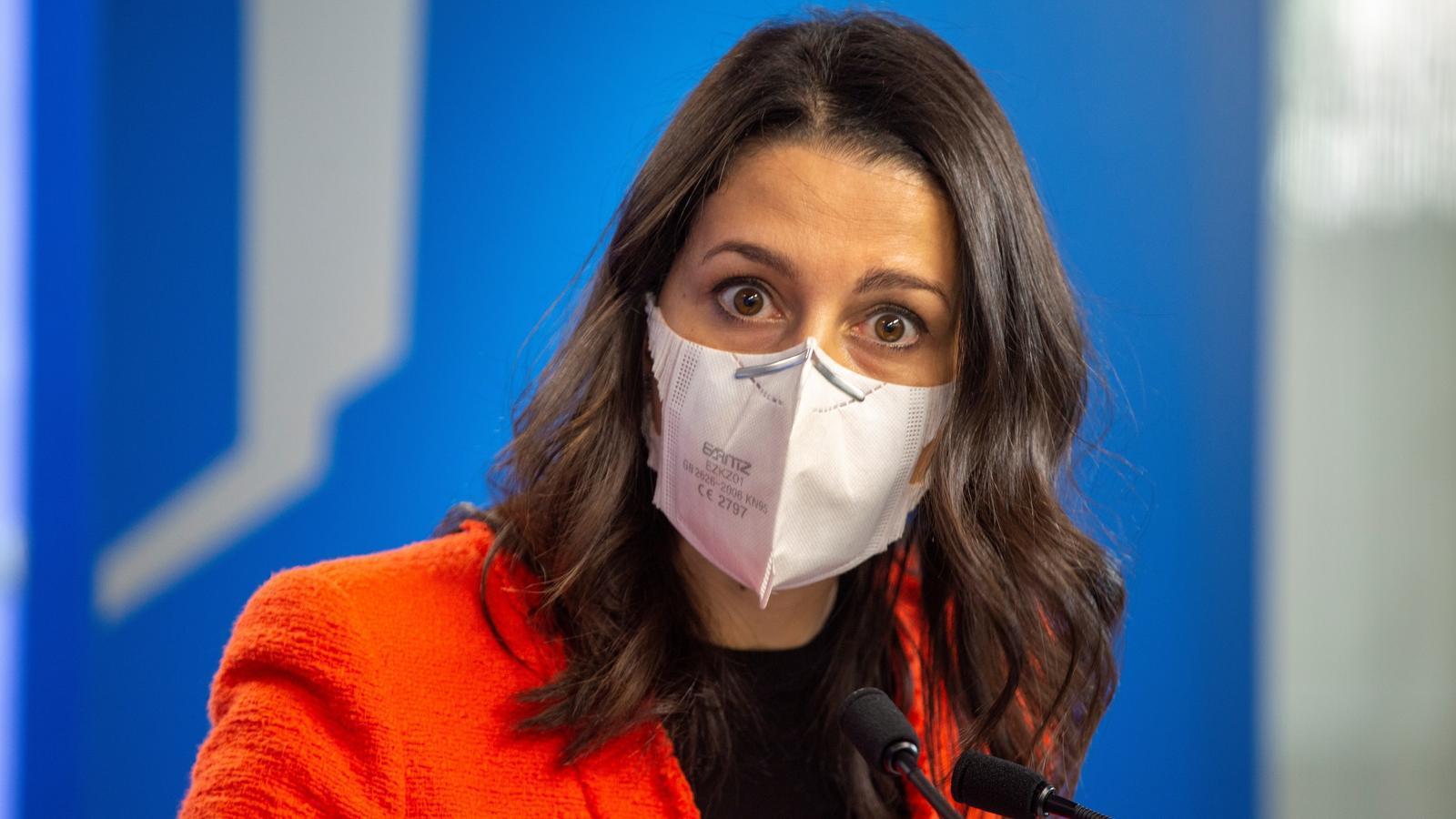 La presidenta de Ciutadans, Inés Arrimadas, durant una roda de premsa la setmana passada des d'Euskadi.