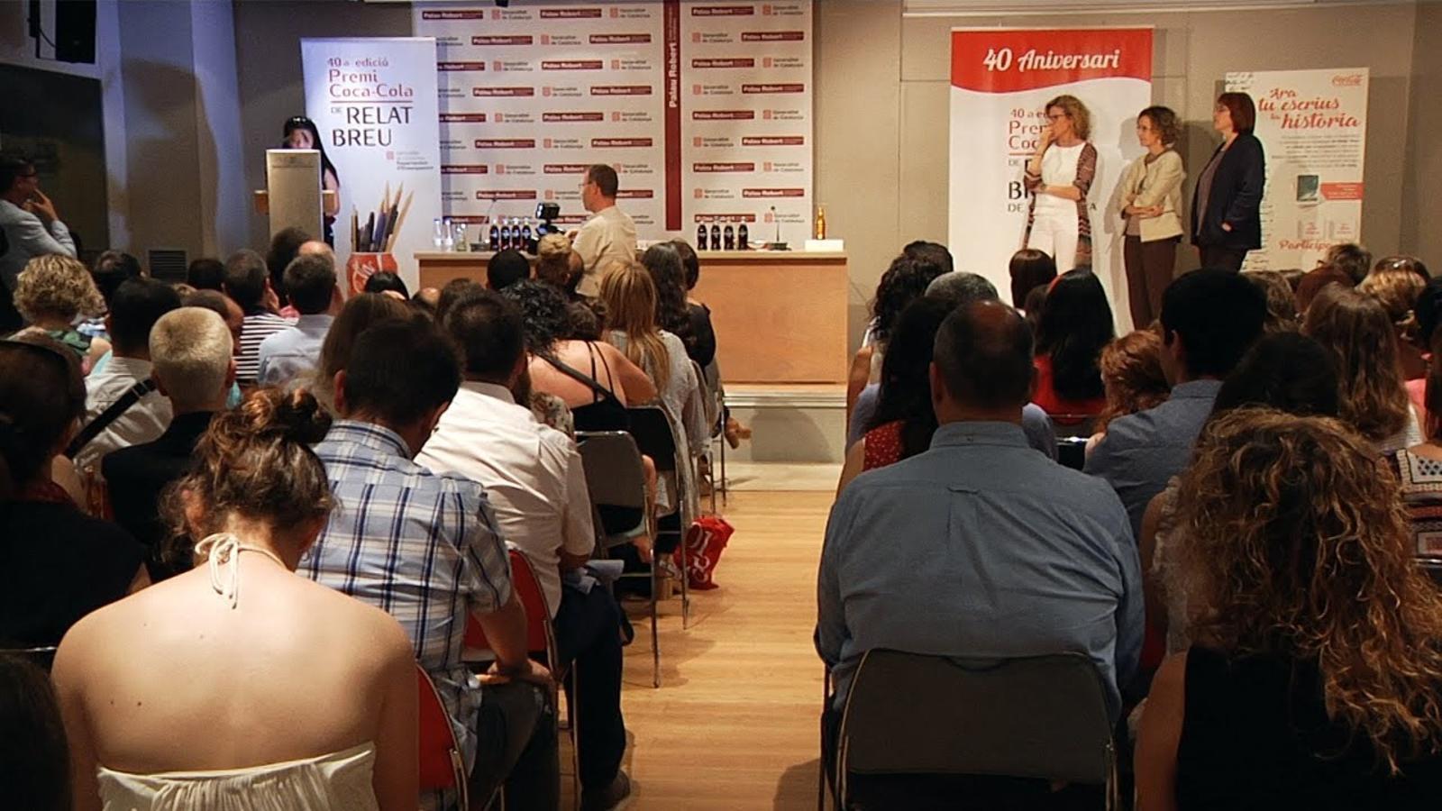 La 40a edició del premi Relat Breu de Coca-Cola ja té guanyadora