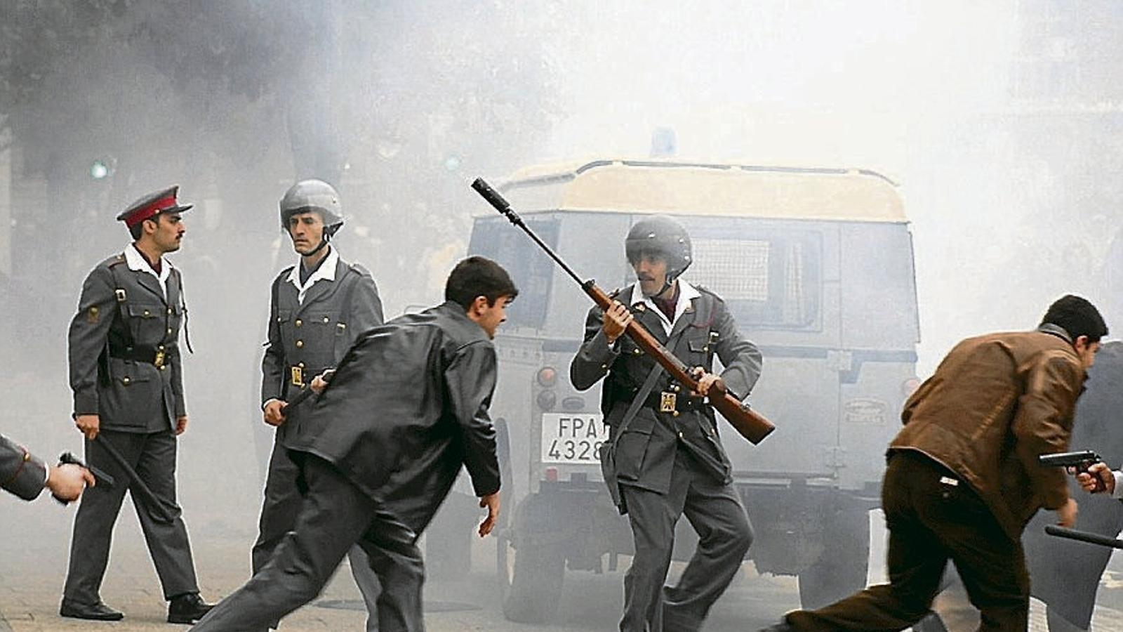 Una imatge del rodatge de la pel·lícula Vitoria, 3 de marzo que s'ha rodat aquest octubre i novembre a la capital alabesa.