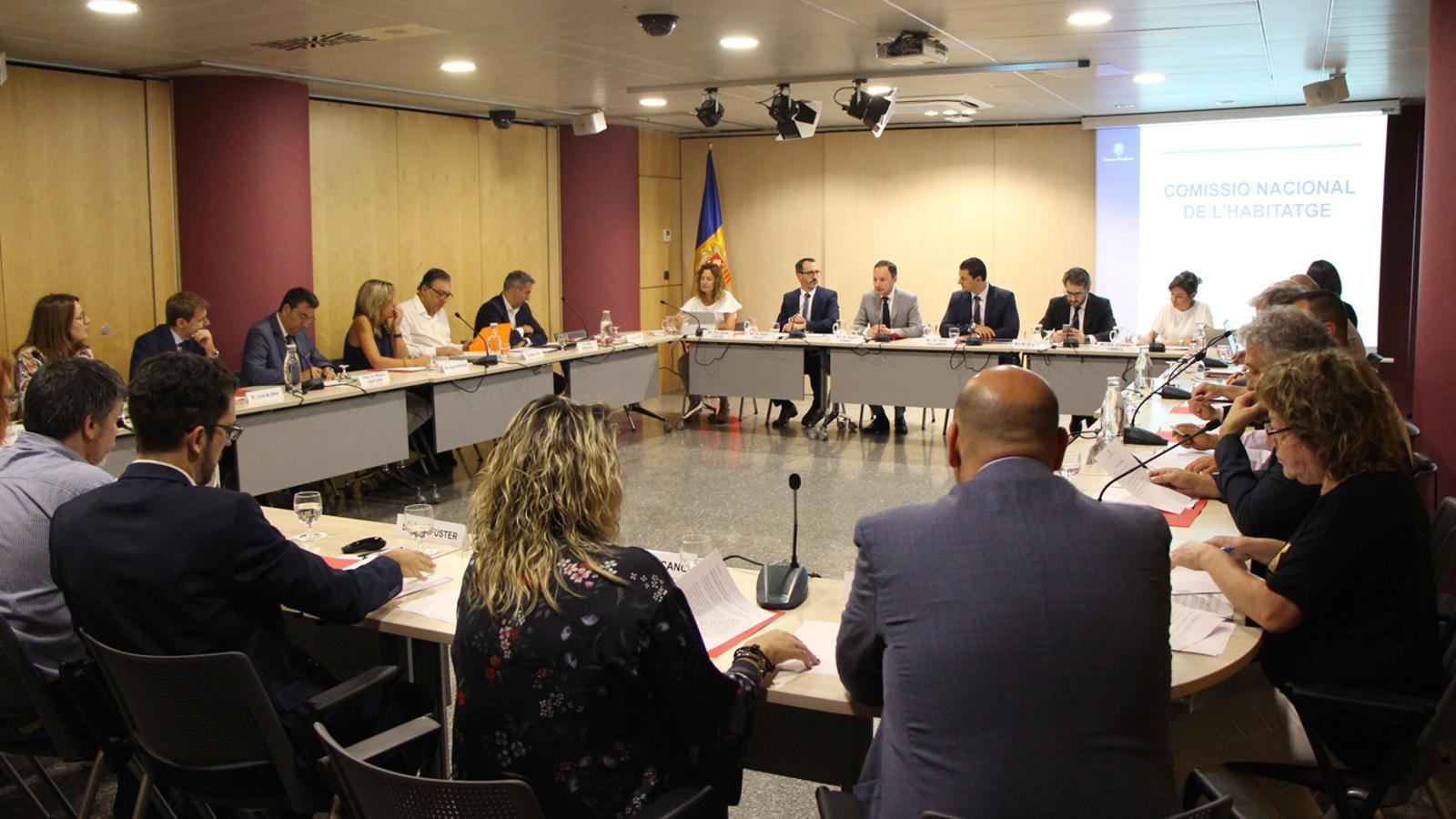Un moment de la reunió de la Comissió Nacional de l'Habitatge celebrada aquest divendres. / M. P. (ANA)