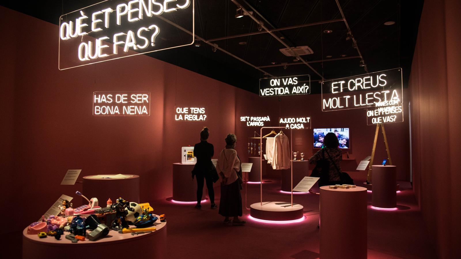 Exposició 'Feminista havies de ser' al Palau Robert