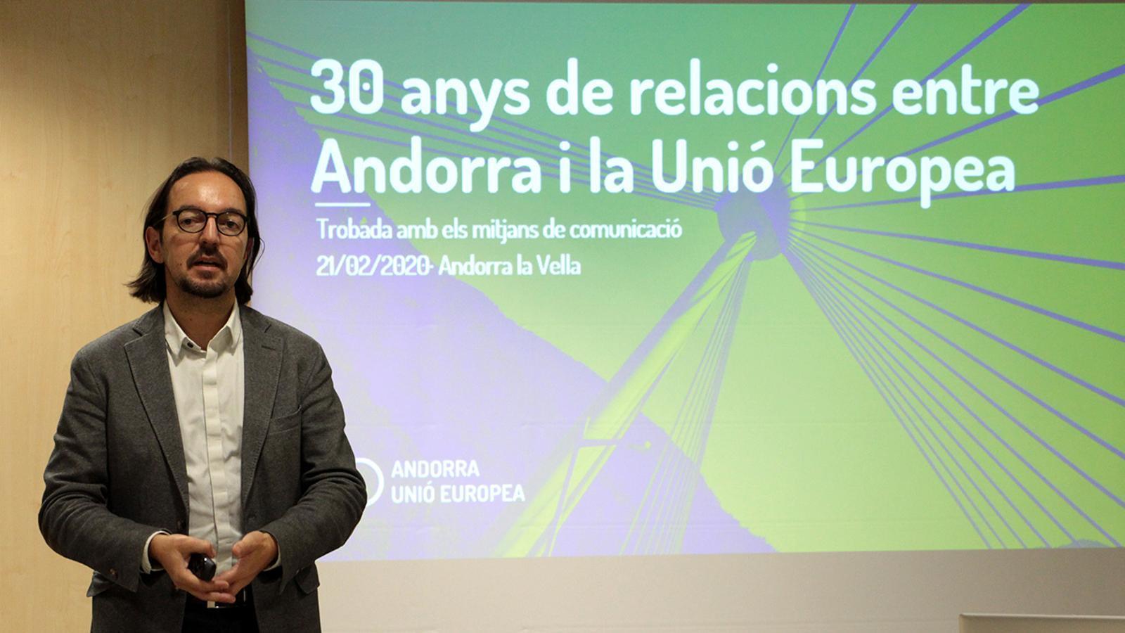 El secretari d'Estat d'Afers Europeus, Landry Riba, durant la presentació oferta als mitjans de comunicació. / M. F. (ANA)