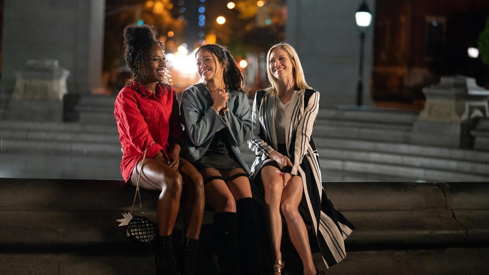 'Alguien especial': Gina Rodríguez és l'estrella en aquesta superficial comèdia de Netflix