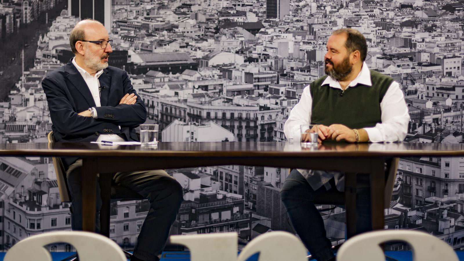 Entrevista d'Antoni Bassas a Joan Mena