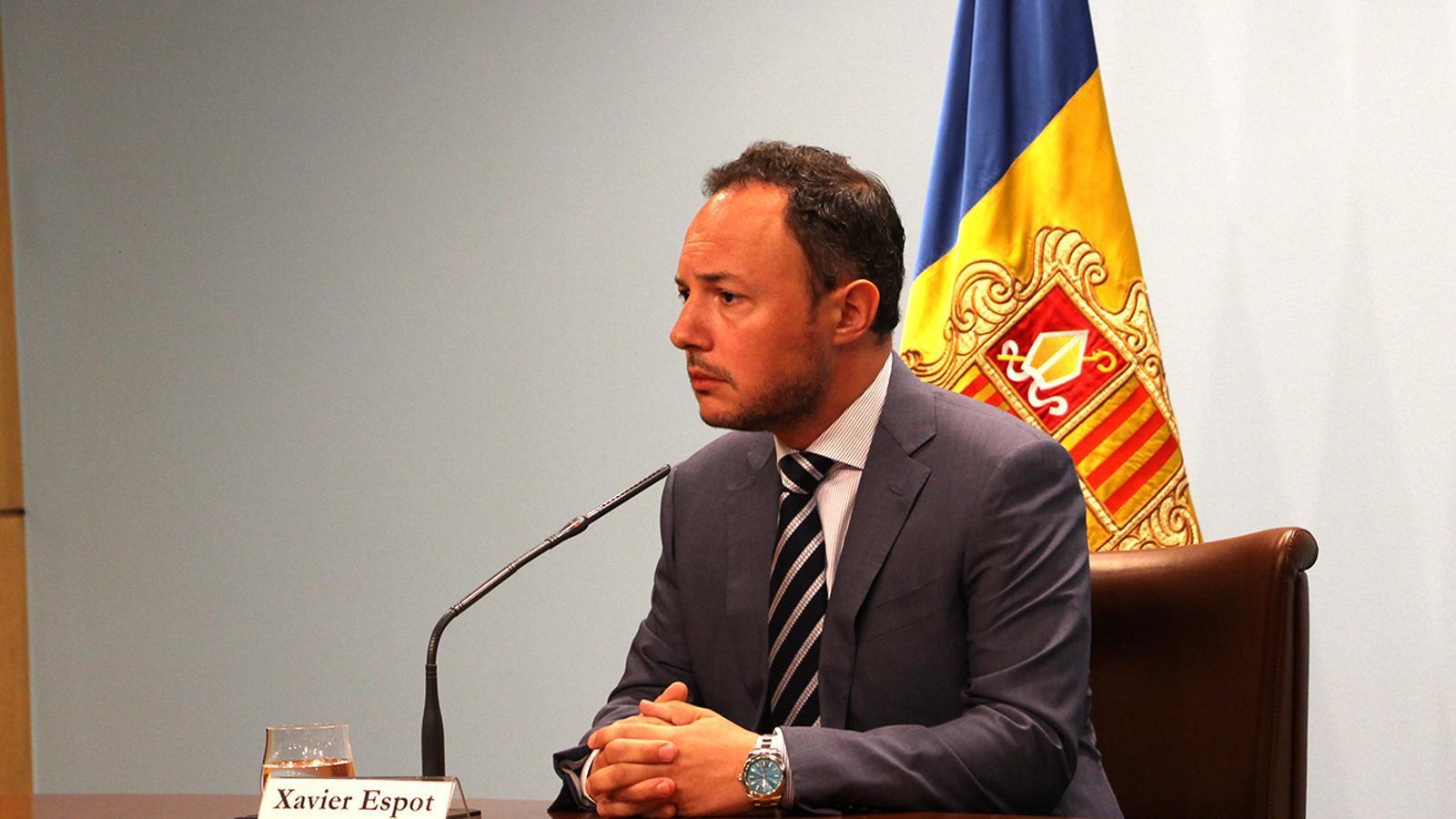 El cap de Govern, Xavier Espot, en la roda de premsa en què ha comunicat la decissió sobre el cessament de Chato. / M. F. (ANA)