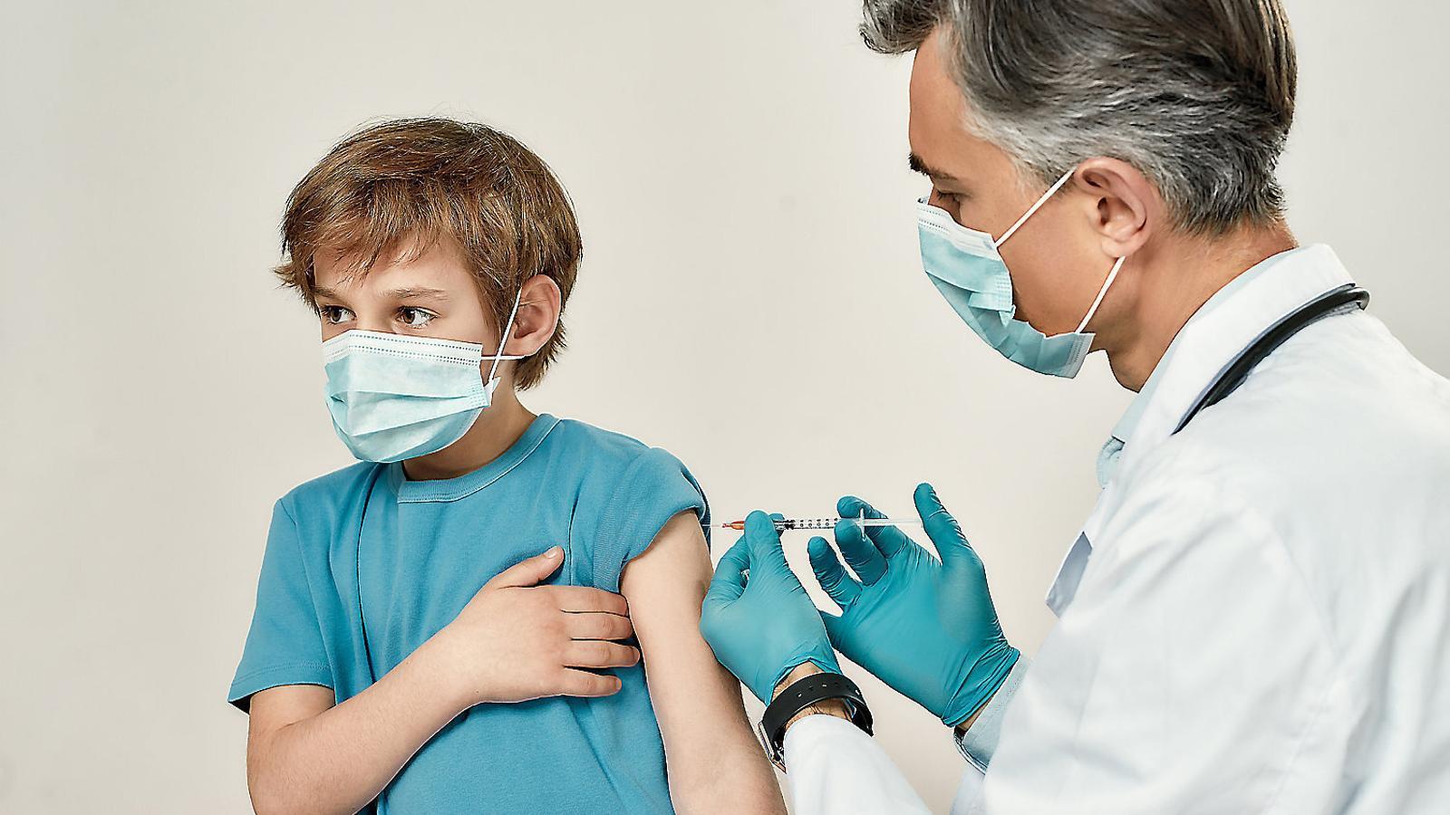 VACUNES contra la meningitis EN NINS