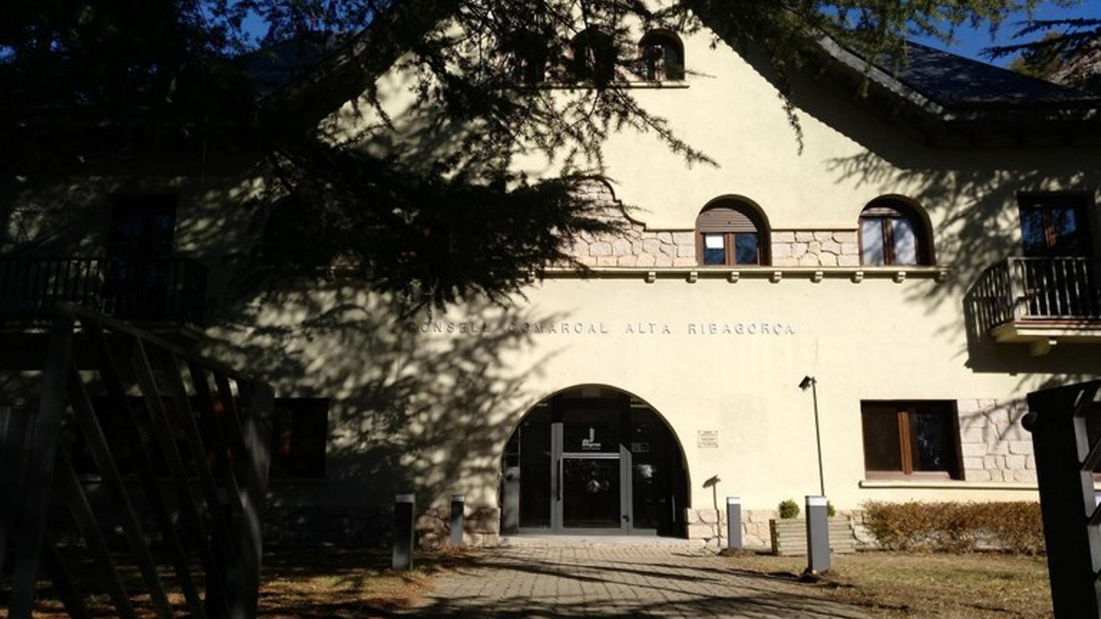 Façana principal de l'edifici del Consell. / CONSELL COMARCAL DE L'ALTA RIBAGORÇA