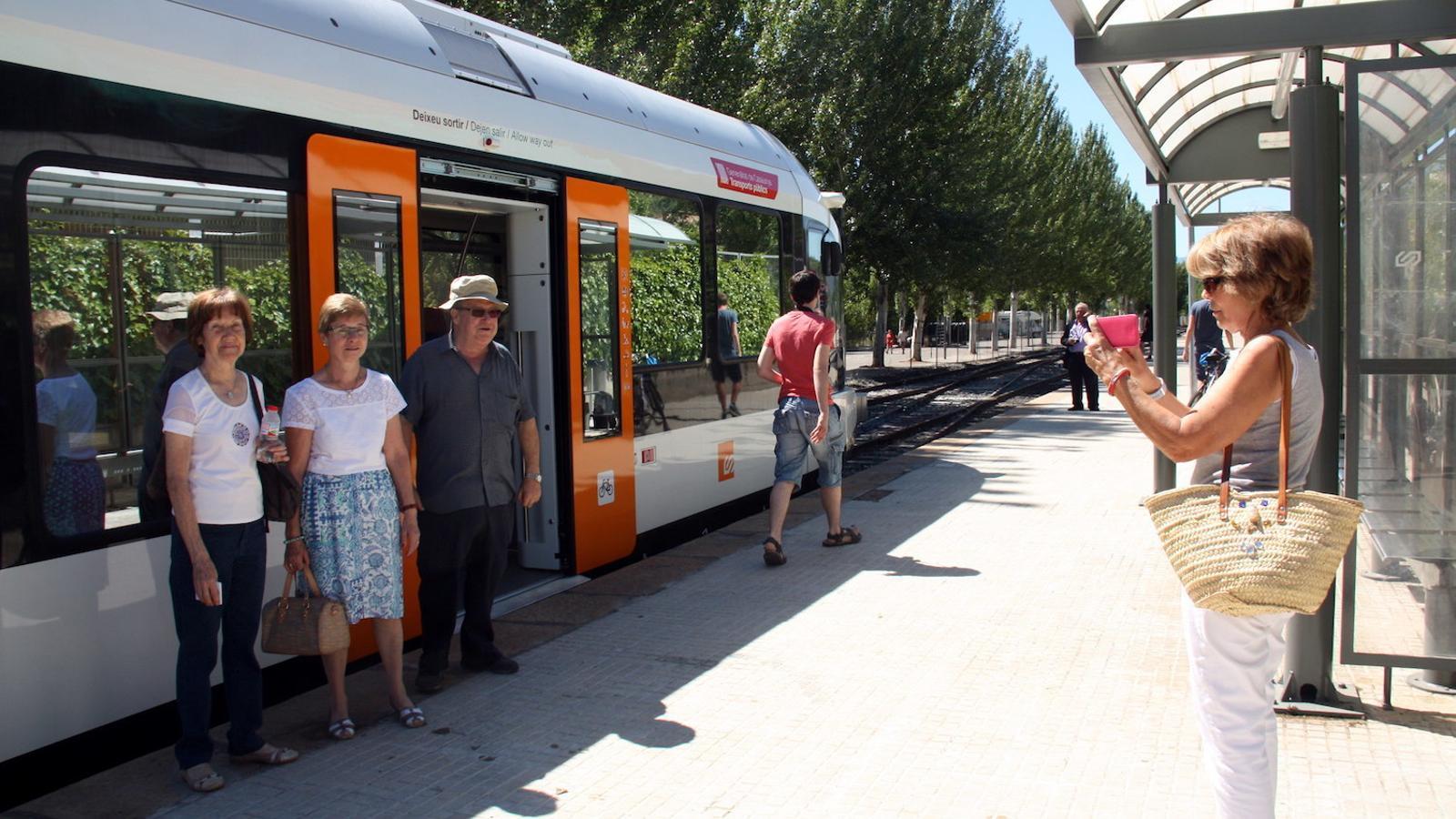 Nou tren de la Pobla de Segur