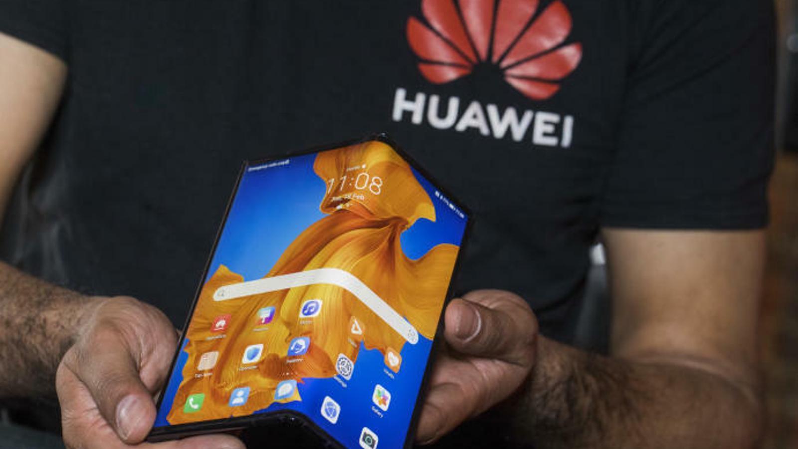 El telèfon plegable de la companyia Huawei. / HUAWEI