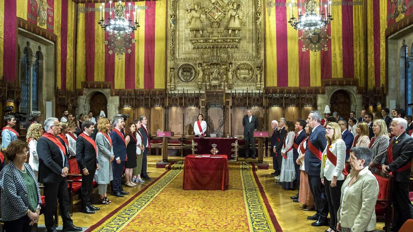 Barcelona acorda,amb els vots de Colau, sumar-se a la resposta contra la sentència del Suprem