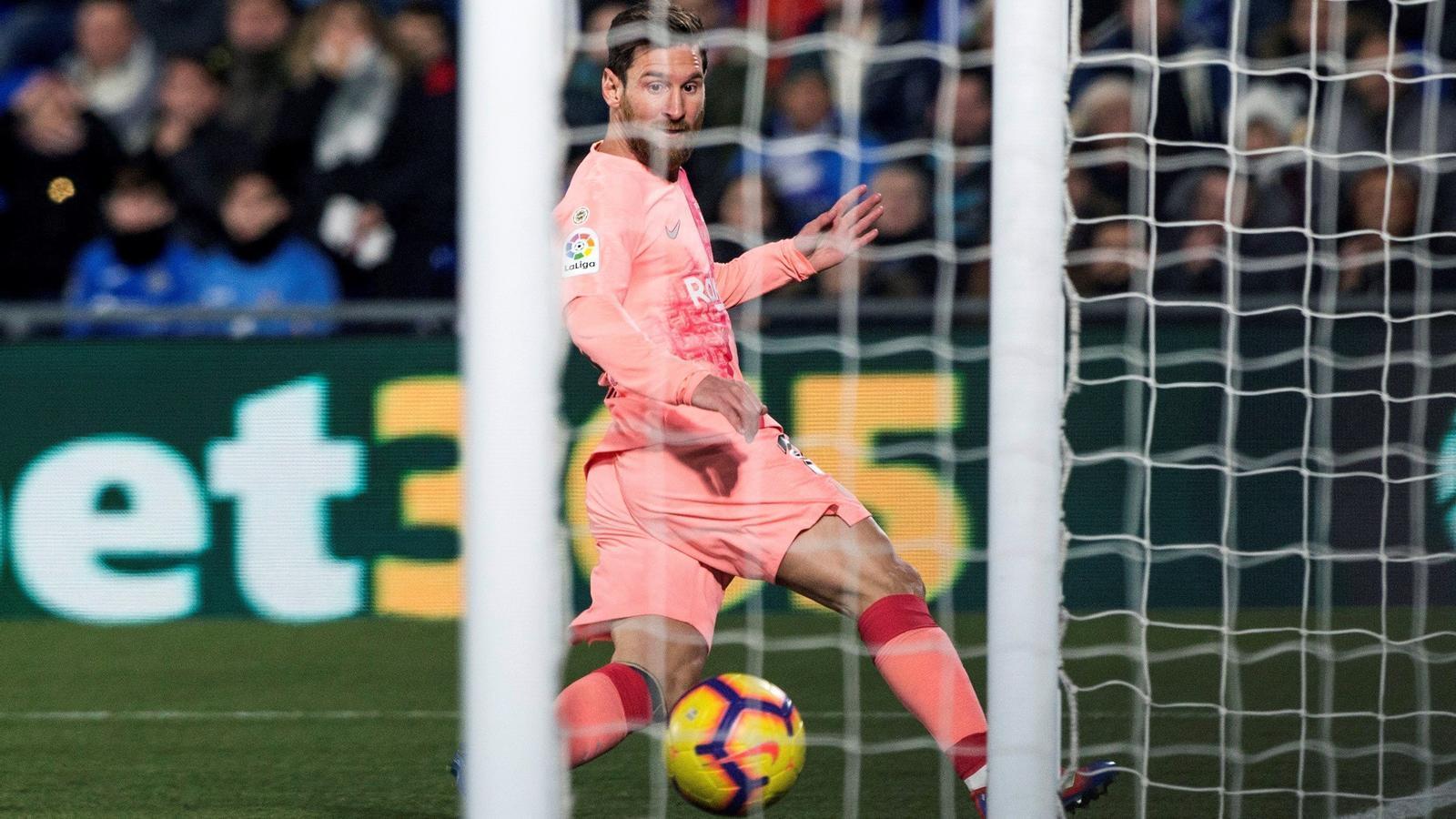 Messi convierte el primer gol del año en la Liga en una rutina.