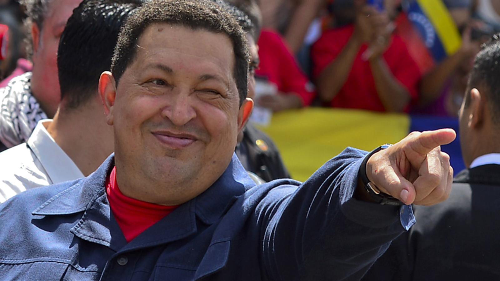 Hugo Chávez recomana dutxes comunistes de no més de tres minuts