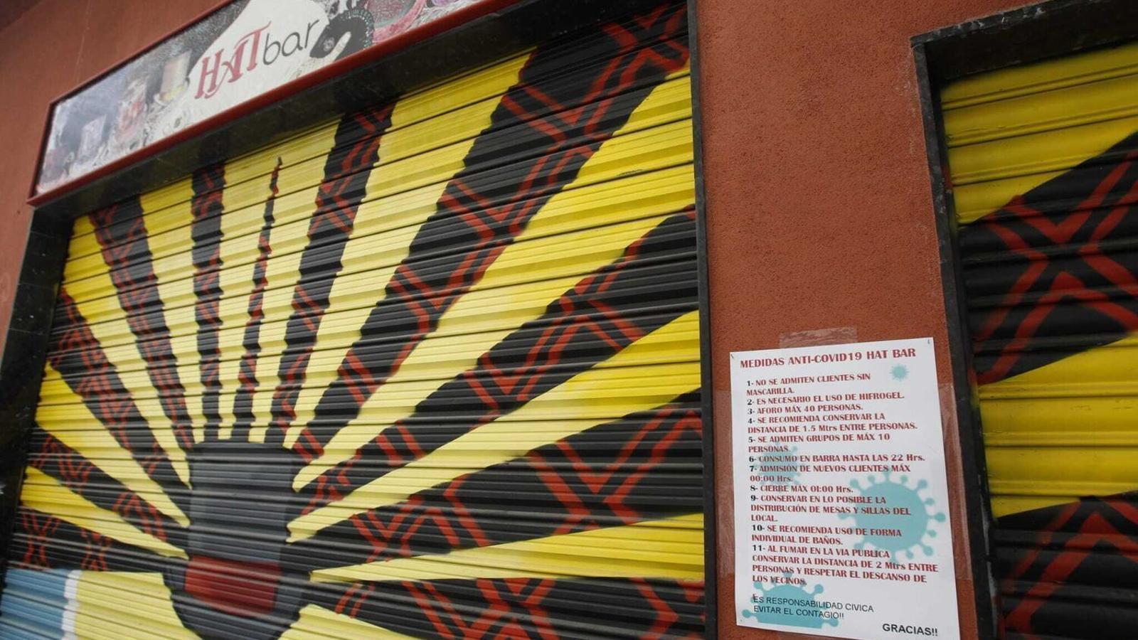 Imatge de la façana del Hat bar, a Palma.