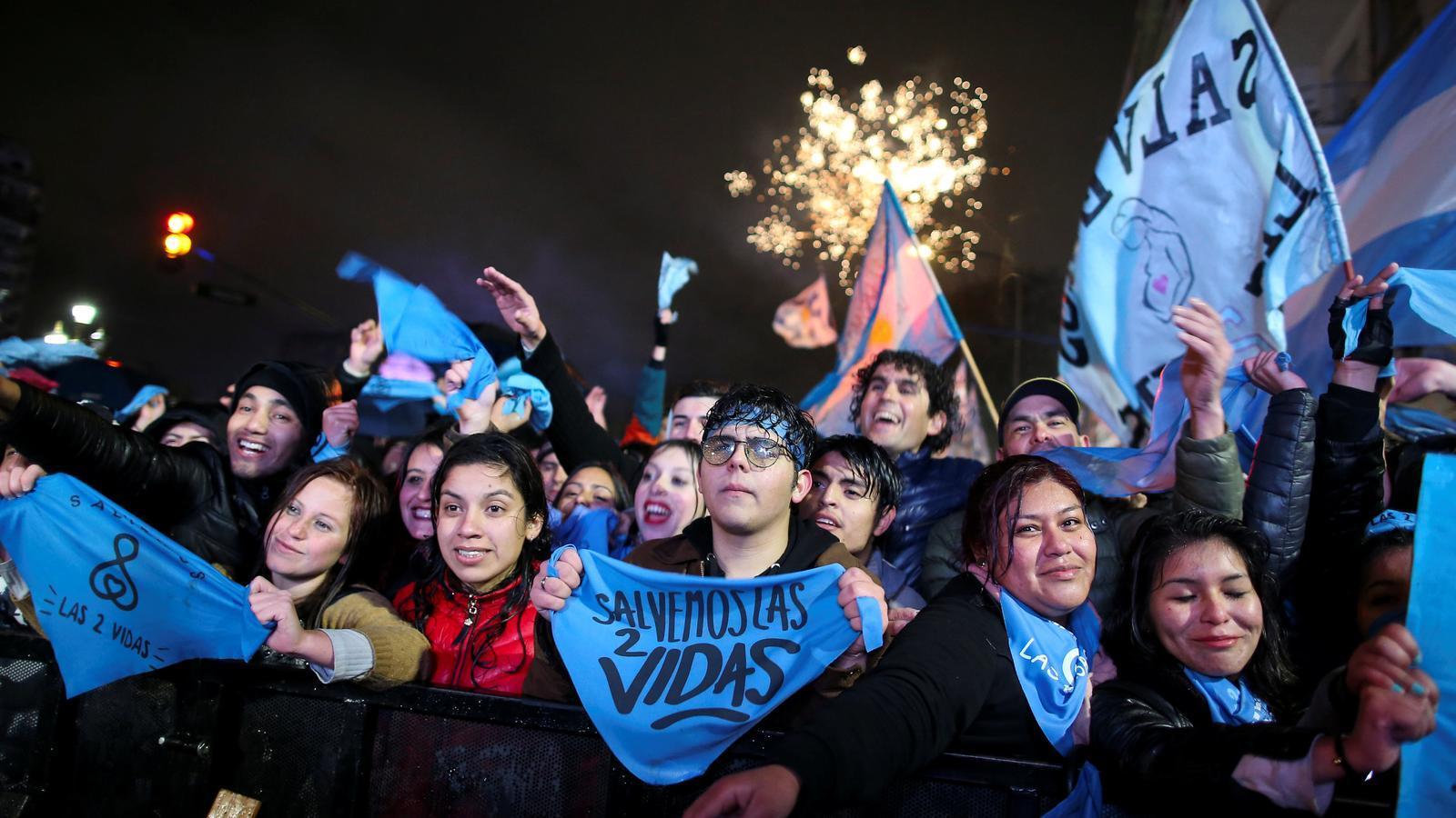 El Senat de l'Argentina rebutja despenalitzar l'avortament