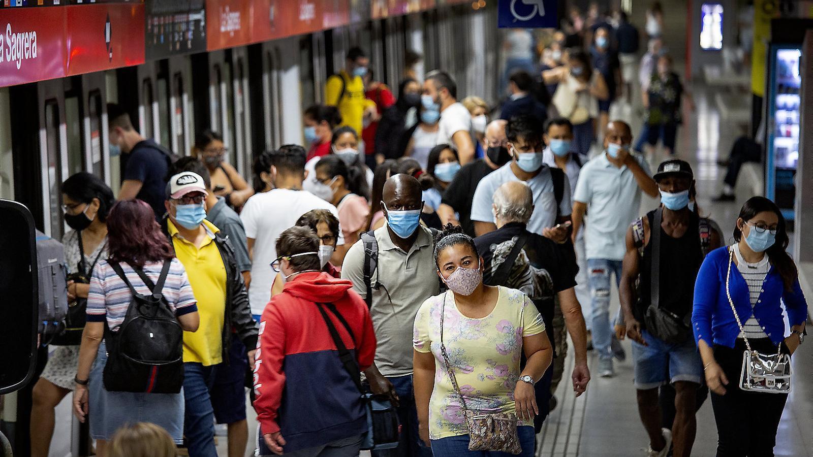 Gestionar pandèmies del segle XXI amb models del segle XX
