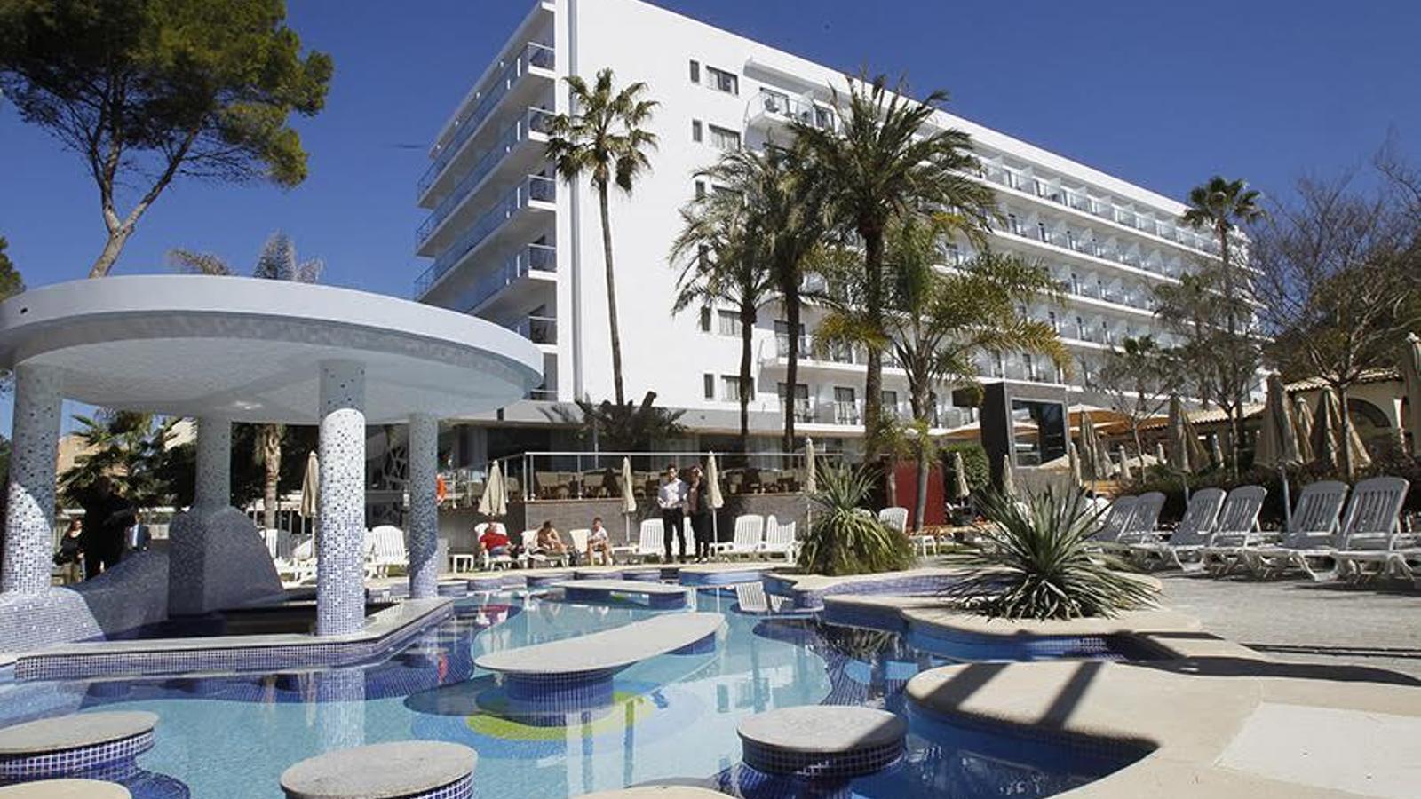 Els hotelers detecten una baixada de reserves per juliol i agost