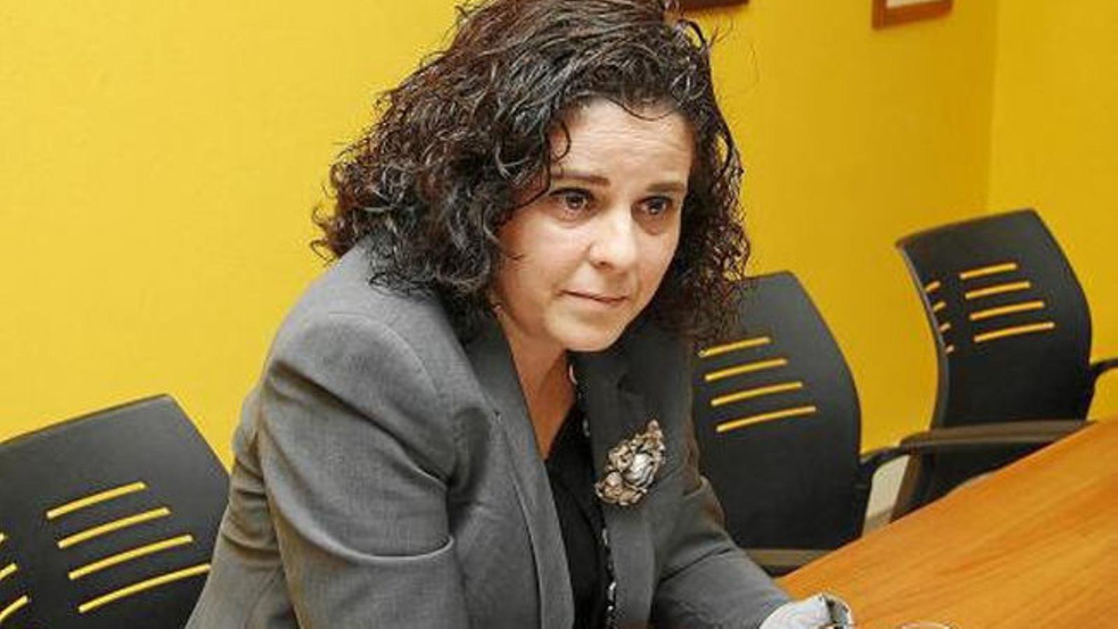 Azucena Jiménez lamenta les xifres de reserves que registra el sector de cara els pròxims mesos.