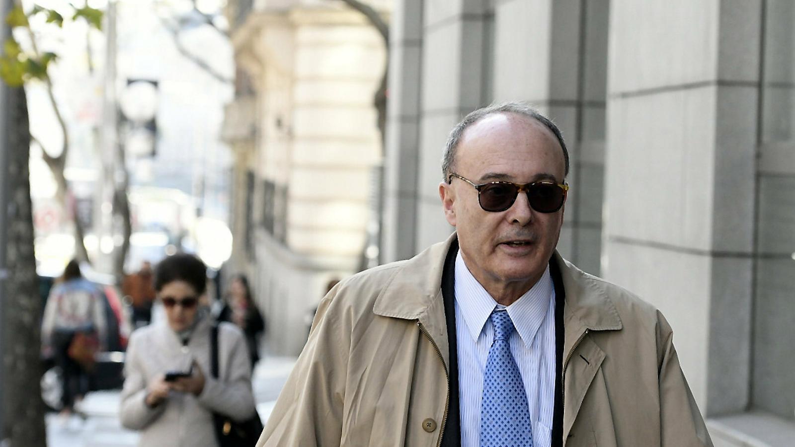 L'exgovernador del Banc d'Espanya ahir.