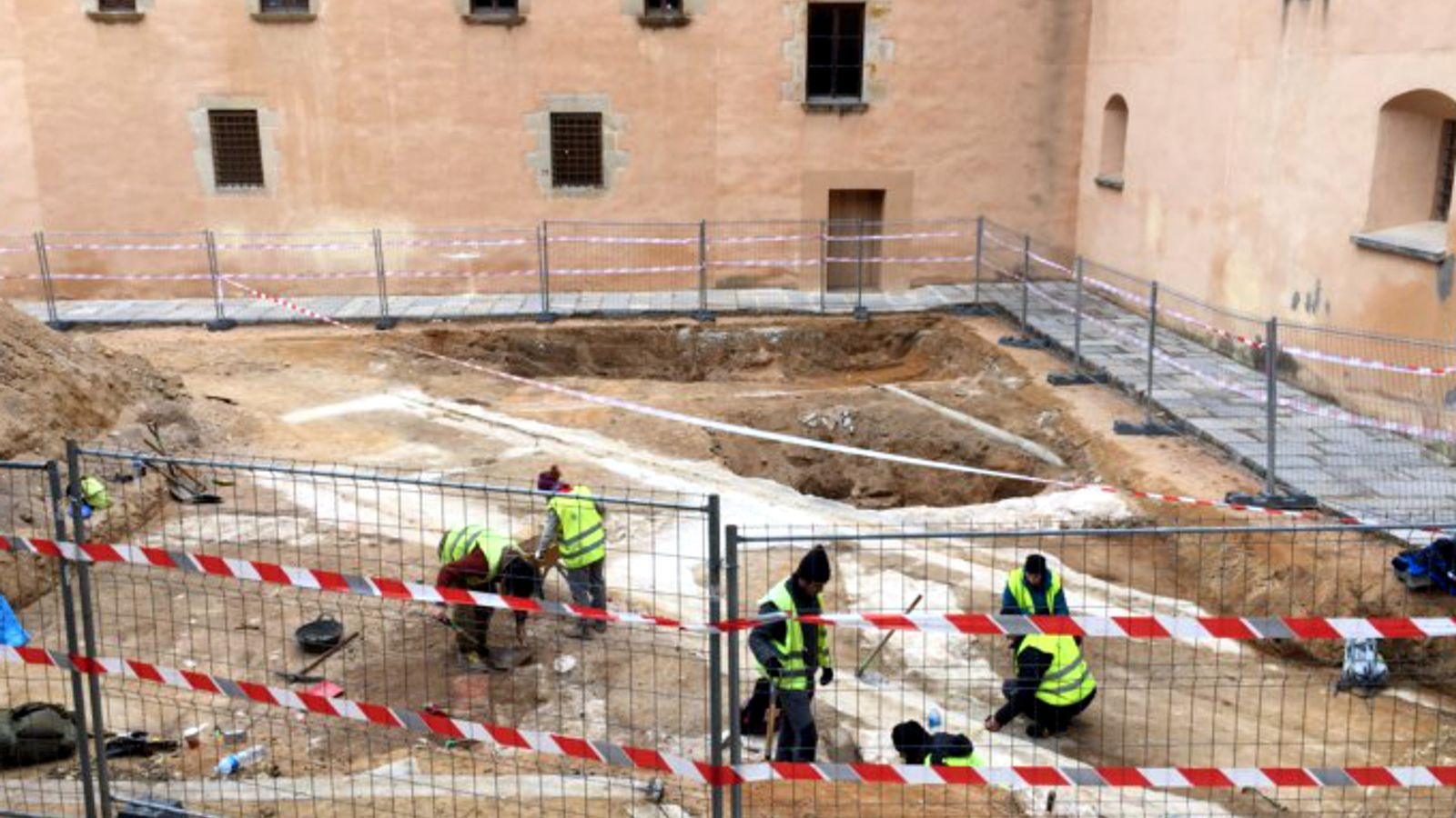 Comencen els treballs arqueològics en l'espai on hi haurà el futur Museu Thyssen