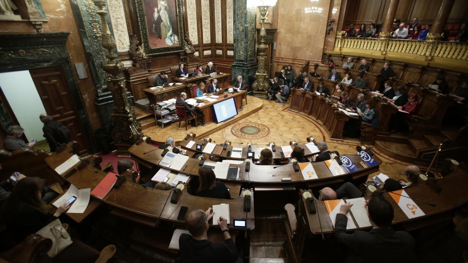 """Barcelona s'adhereix a la campanya d'Òmnium i defensa que """"el dret a l'autodeterminació no és delicte"""""""