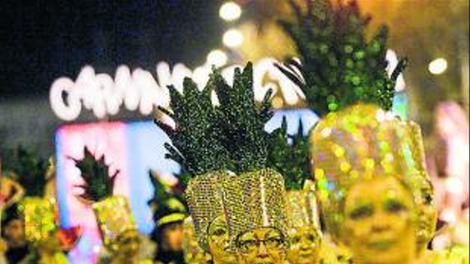 Barcelona recupera l'esperit tradicional  Del Carnaval