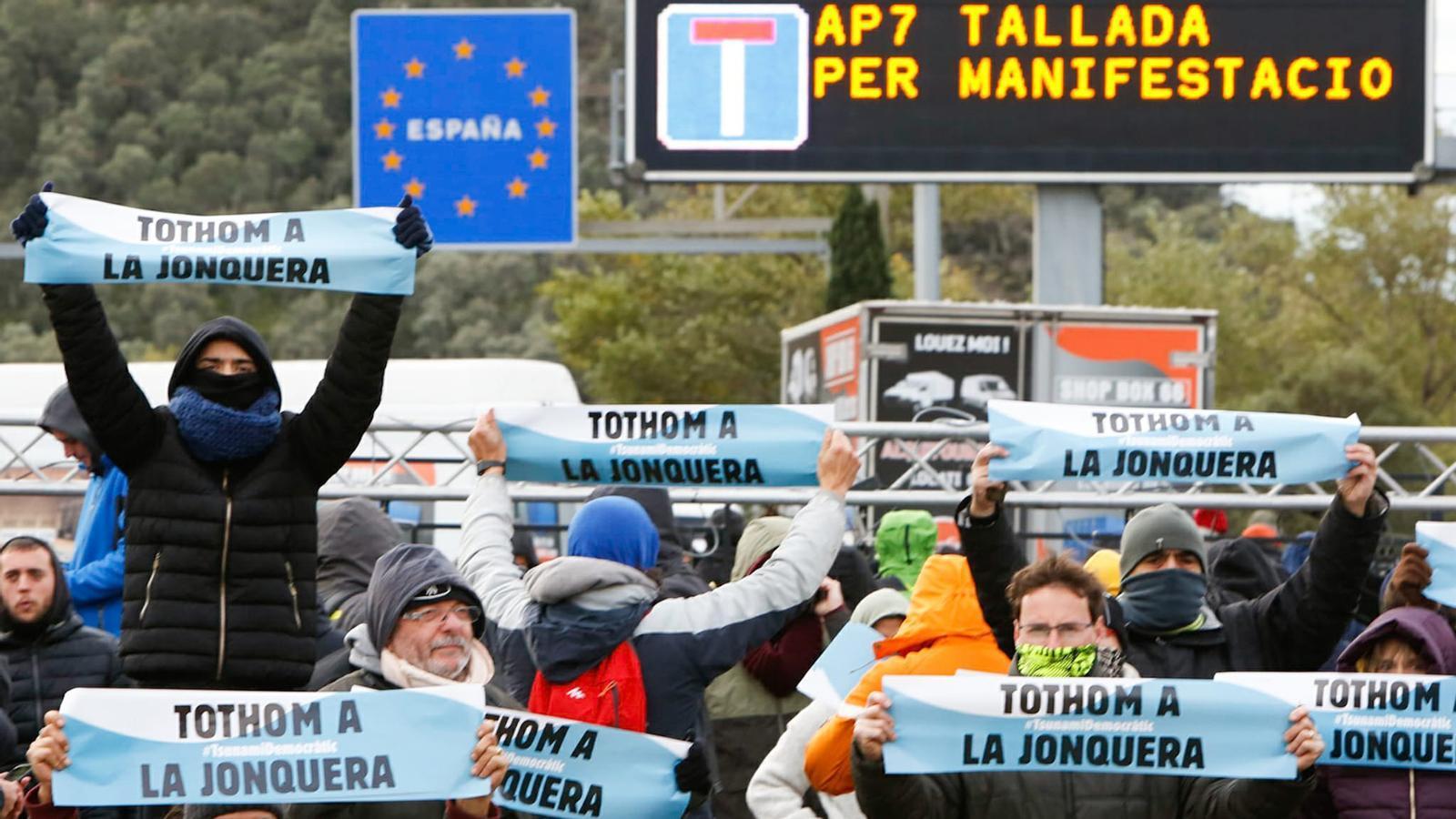 L'anàlisi d'Antoni Bassas: 'Tsunami a la Jonquera, política a les institucions'