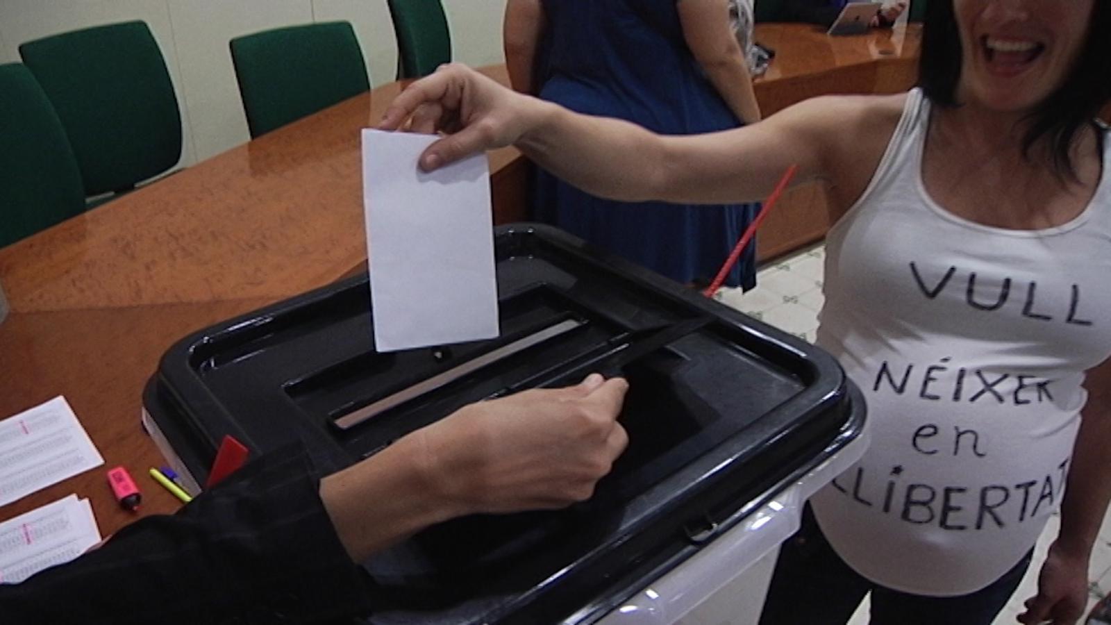 """""""Votar és la meva obligació i el meu dret"""""""