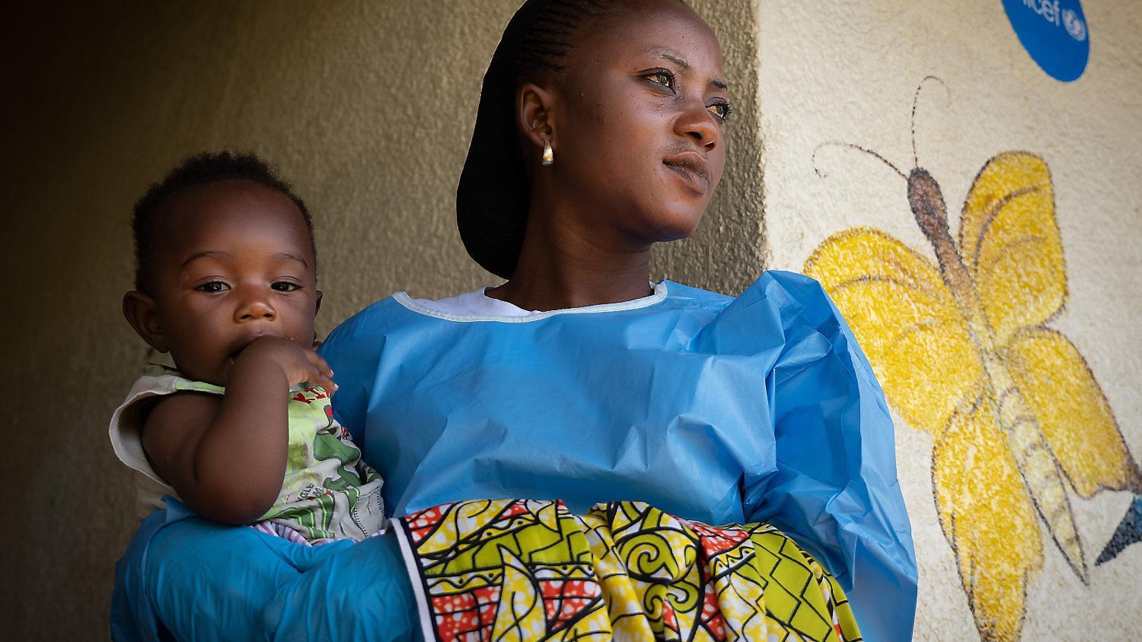 Els nins representen més d'un terç dels casos d'Ebola