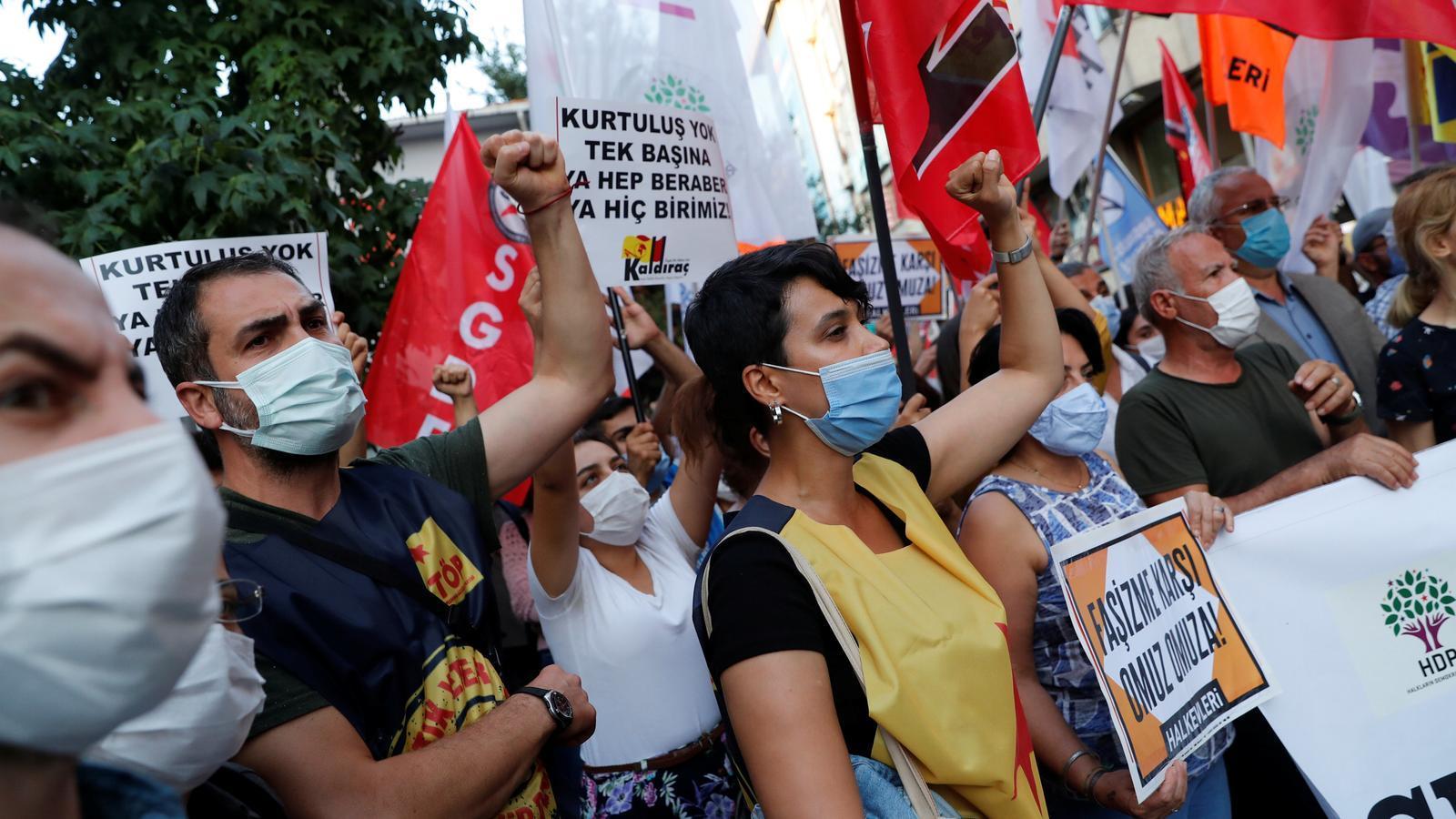 Turquia ordena la detenció de 82 dirigents kurds per les protestes de Kobani