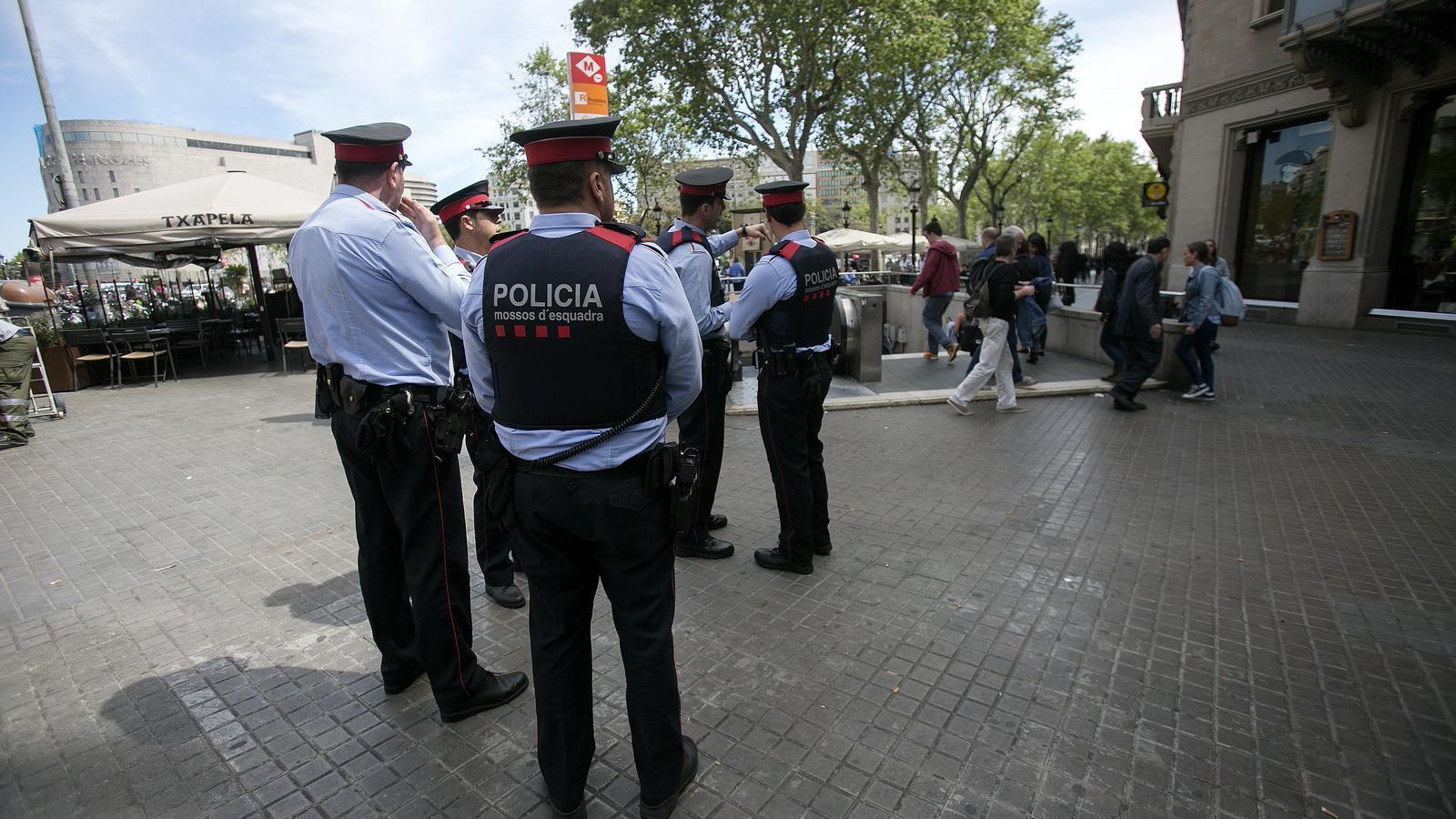 Barcelona incorporarà 183 agents més dels Mossos a la tardor