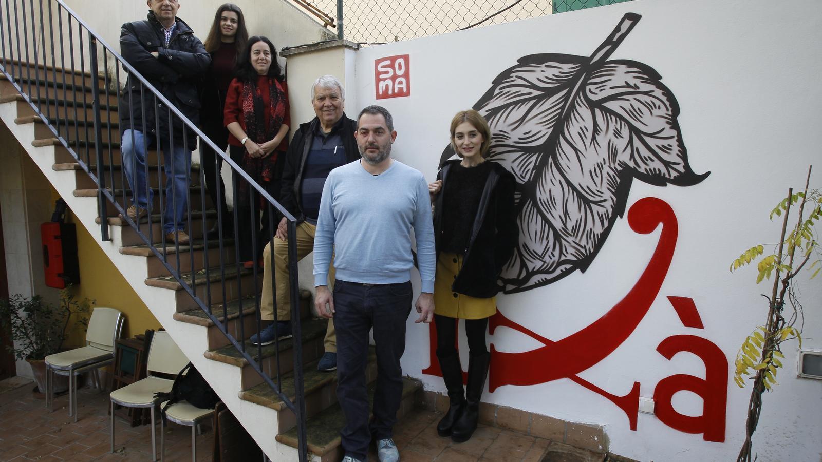 De dalt a baix: Antoni bibiloni, una representant de Club Scrabble Eivissa, Alícia Sintes, Jordi Cloquell, Josep de Luis i Laura Gost