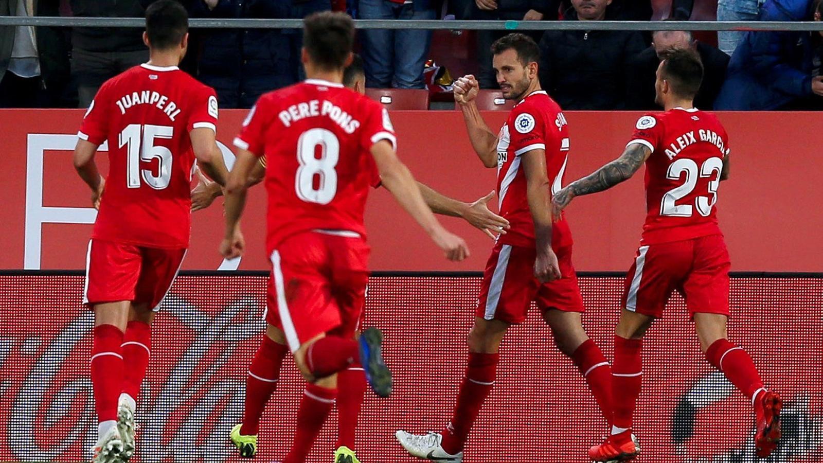 Cristhian Stuani celebrant el seu últim gol a Montilivi, en el partit contra l'Atlètic de Madrid.