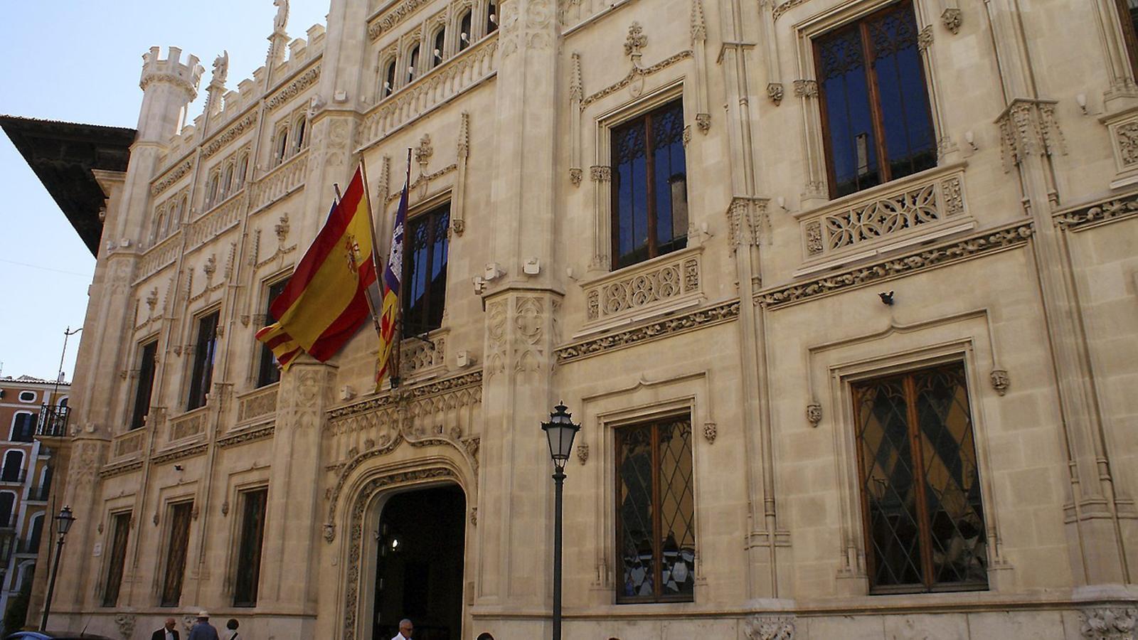Façana de l'edifici del Consell de Mallorca