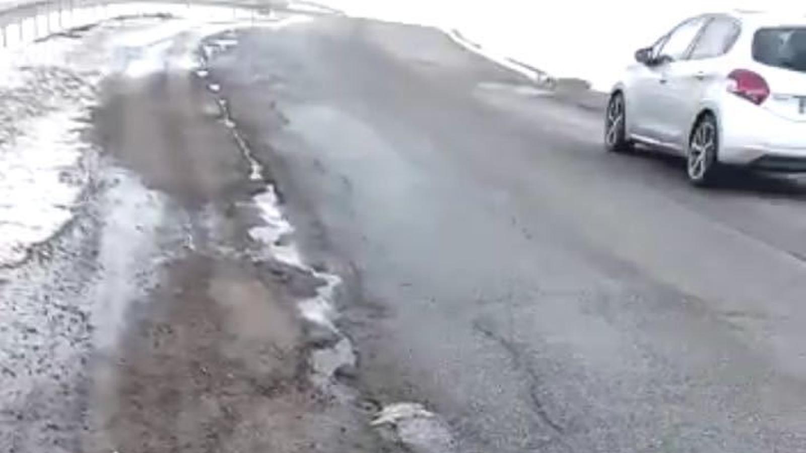 La carretera d'entrada al Pas de la Casa. / SDP