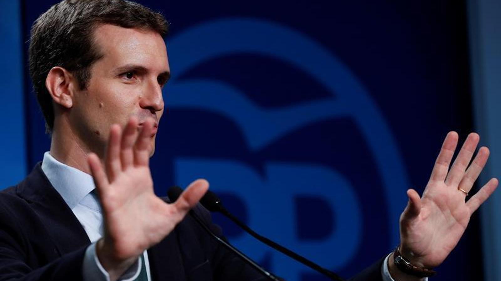 """Casado insisteix en l'aplicació del 155 a Catalunya i la il·legalització de partits que """"esperonen la violència"""""""