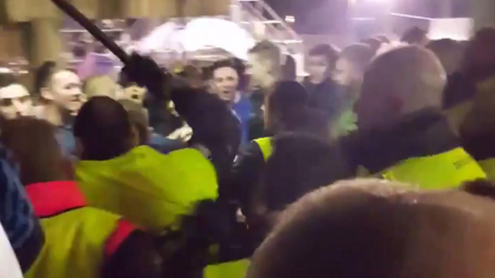 Els aficionats del Chelsea denuncien agressions del servei de seguretat del Barça