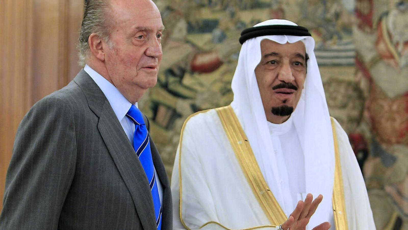 La Fiscalía se inclina a archivar la causa   sobre Juan Carlos I del AVE de La Meca / GUSTAVO CUEVAS / EFE