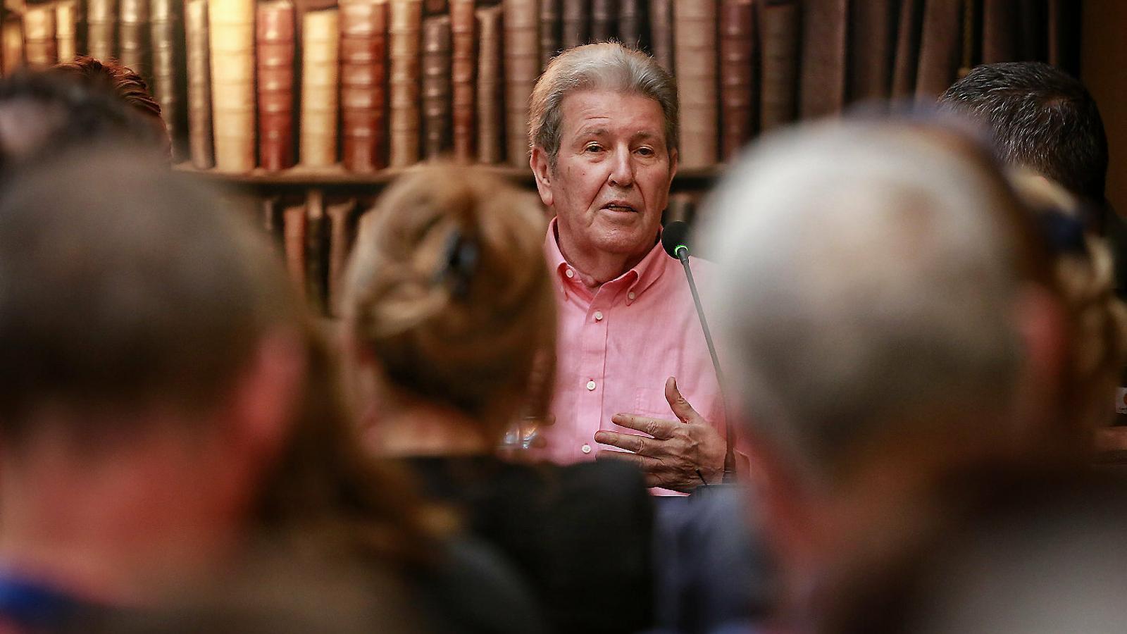 L'editor Jorge Herralde en la presentació  del seu llibre a  la llibreria  Laie ahir.
