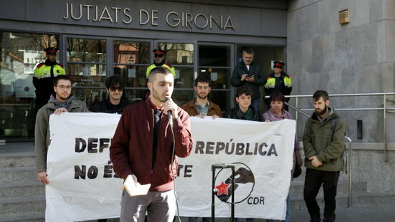 El secretari nacional de l'ANC detingut a Madrid queda en llibertat i haurà de presentar-se dimarts al jutjat de Girona
